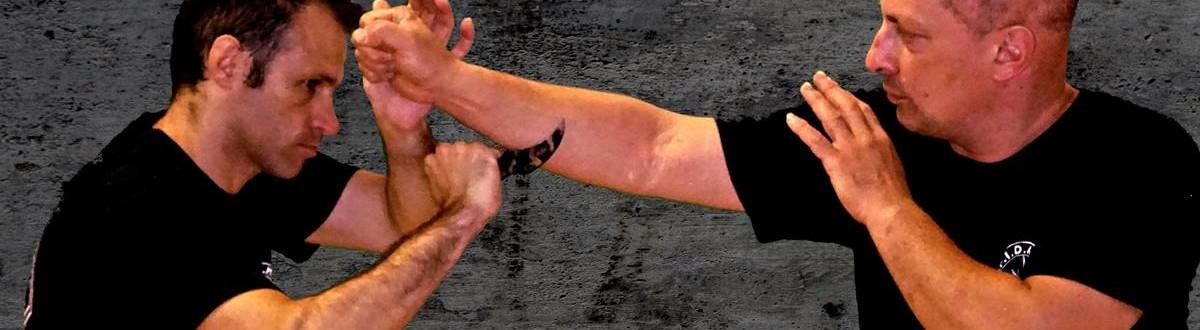 kali e difesa personale a verona - gunting con kerambit